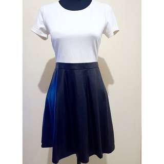 ✔REPRICED ✔F21 Black & Cream Dress