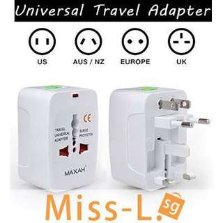 🍀 UNIVERSAL TRAVEL ADAPTER