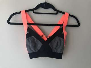 Community Sports Bra — size XS in heathered grey and pink