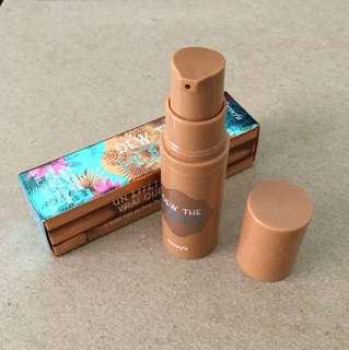 BNIB Benefit dew the hoola matte liquid bronzer