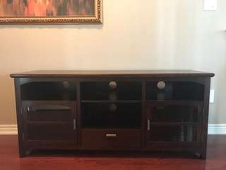 TV ENTERTAINMENT UNIT GREAt condition, beautiful wood