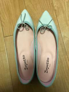 New Repetto light green pointed flats Sz 37.5