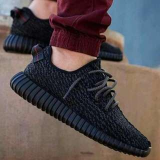 Adidas Yeezy Boost ( All Black)