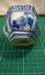 早期小花瓶 高72mmX81mm