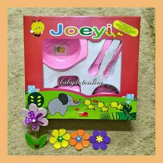 Tempat makan bayi (mangkok, botol minum, sendok garpu) merek Joeyi