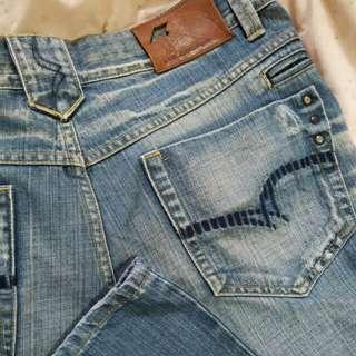 🚚 Lee 純棉直筒牛仔褲 32腰