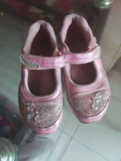 Strides rite shoes