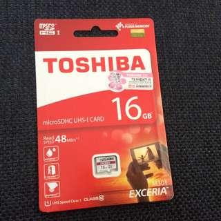 Brand new Toshiba 16 GB microSDHC UHS-I card fladh memory