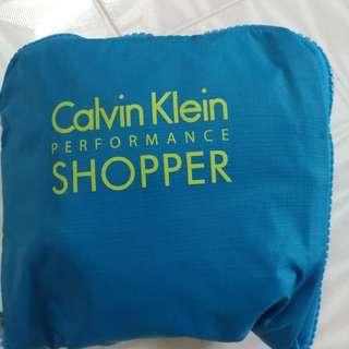 Calvin shopping bag 防水 袋 16 x 18 吋可摺细