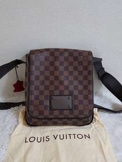 L.V bags for sale