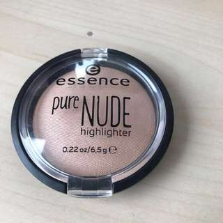 Essence Highlighter