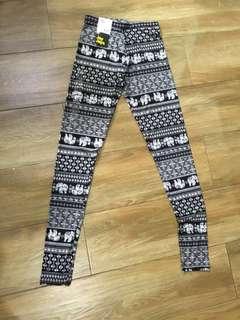 BRAND NEW printed leggings