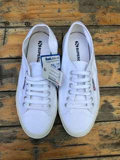 BNWT white superga 2750