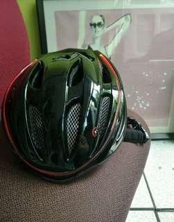Bike helmet with light trade to Europe