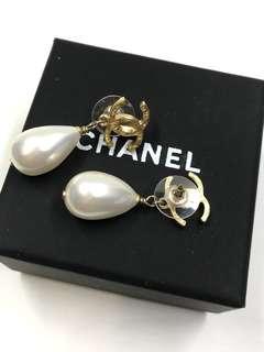 Chanel Earrings 吊珠珠 Logo Classic 耳環全新購自巴黎