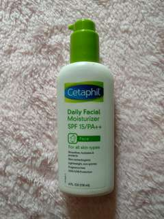Daily Facial Moisturizer SPF 15 PA++