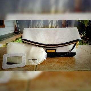 Salvatore ferragamo foldable beauty pouch for women. (ORI) (Free sleeping pack)