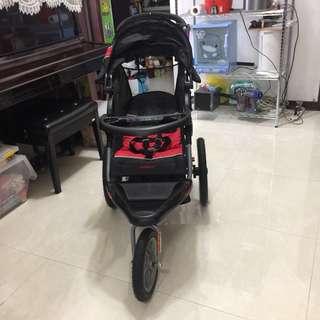 Baby trand 嬰兒三輪手推車