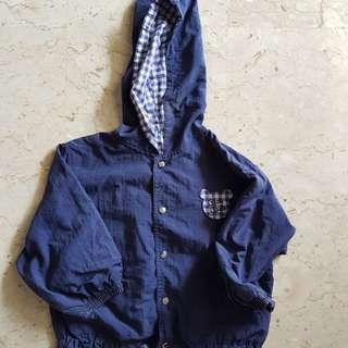 Jacket with hood 4 to 6 yo