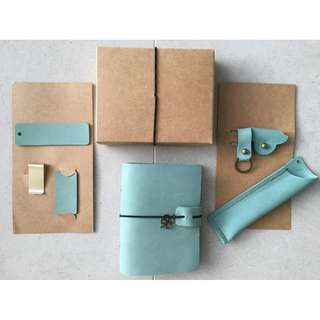 📗📗📗📗  INSTOCKS  Real Leather Set 🌊Sea Green🌊 Midori Styled Traveler's Notebook, Planner, Journal