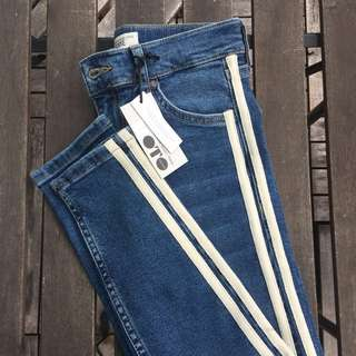 BRAND NEW TOPSHOP JEANS