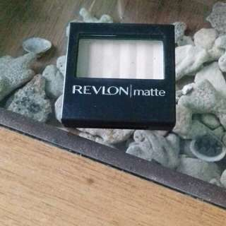 Revlon eyes shadow matte