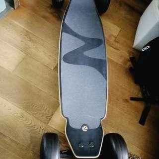 Surfing /snowboarding/skateboarding/streetboardz