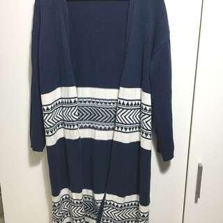 GU 民族風藍白相間毛料針織外套