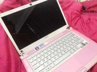 Sony Vaio i5 pink