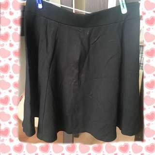 H&M黑色半截裙 返工裙 斯文裙 skirts