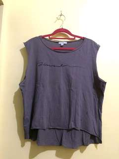 Gray long back sleeveless top