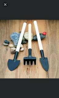 Gardening tools set