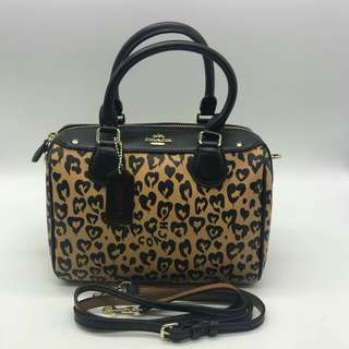 COACH MINI BENNET  WITH WILD HEART PRINT ( F24210 )