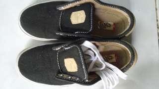 Authentic vans rubber shoes for kids