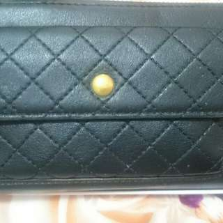 Charles and Keith Prelived wallet