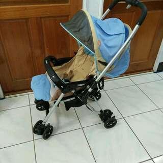 Combi御捷輪雙向雙折嬰兒推車