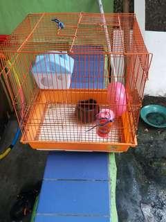 Kandang hamster+isi tempat mkan minum rumah dan tempat lari hamster