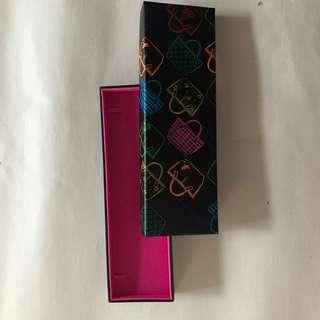 🚚 agnes b 手飾盒 筆盒 收納盒