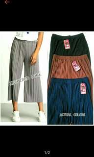 Cropped Pleated Cullotes Square Pants