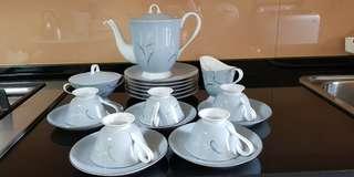 Fine SEYEI China Japan 1031 Tea Set
