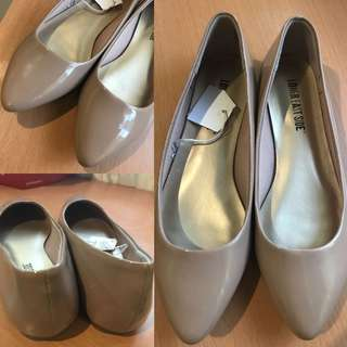 Nude Pointed Flat Shoes sz 5.5