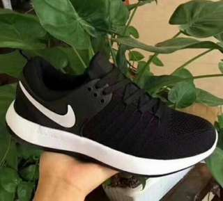 Nike Rosherun authentic unisex shoes(sizes from 36-44)Color black pink & tan