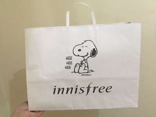 Innisfree x Snoopy Paper Bag