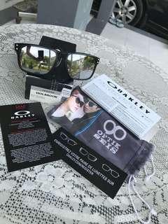 Oakley Holbrook B1B edition w/ Warm Grey Lens