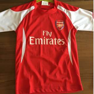 Arsenal Jersey T-shirt and Shorts Set - 4-7 years old (new, not an original product)