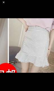 Bnwt Checkered Mermaid Frilly Skirt (REDUCED FROM $15 😆)