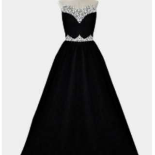 BLACK GOWN (BECKY)