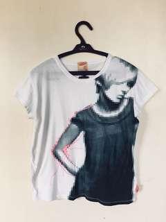 Herbench T-shirt
