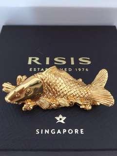 Risis carp display ornament