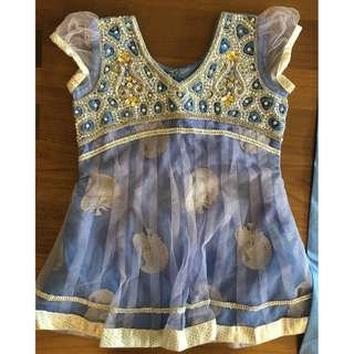 Girls Indian Full Dress Set (blouse, trousers, dupatta) 3-4 years old (silk and hand embroidered)